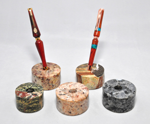 Melanie heinrich pen holders